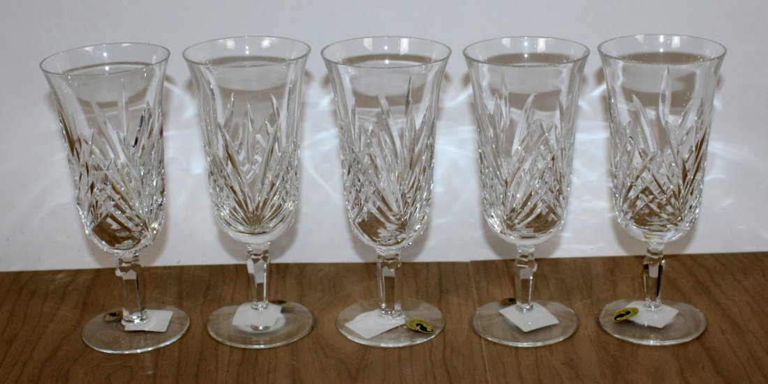 Set of 5 Waterford Leanna crystal goblets
