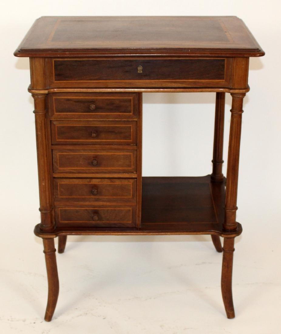 Antique ladies vanity or sewing table