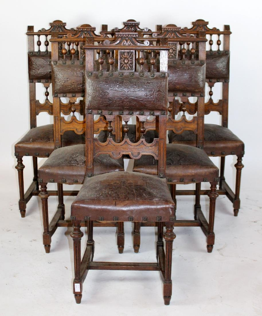 Lot of 6 French chairs in walnut