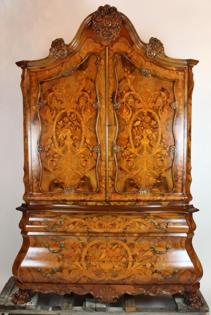 Floral marquetry cabinet on bombe commode - 2