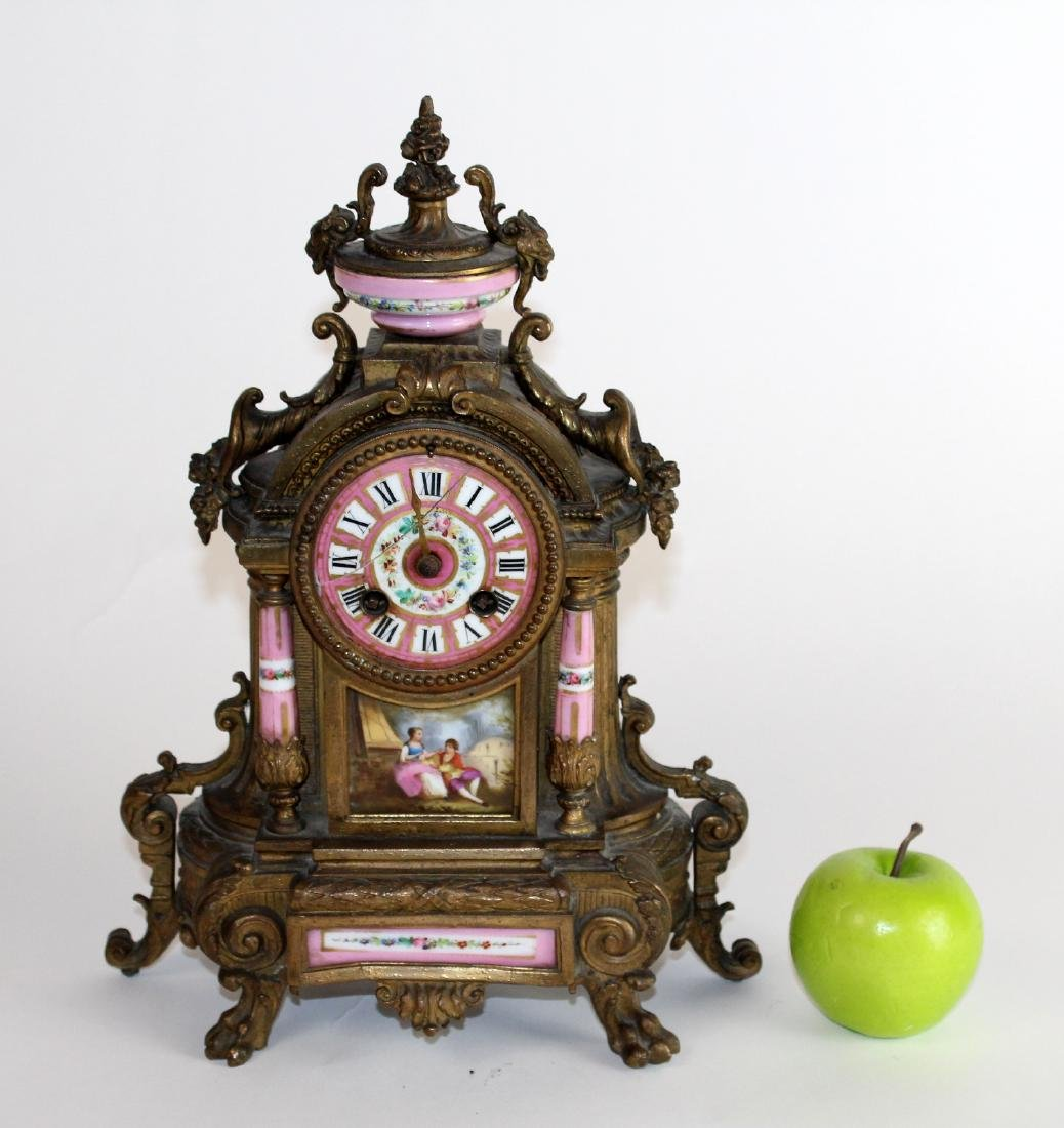 French Louis XV porcelain and bronze clock - 3