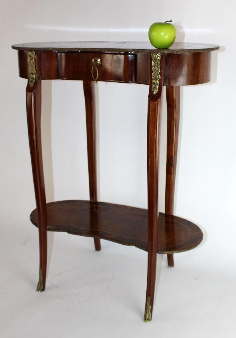 Kidney shaped Louis XV side table - 3