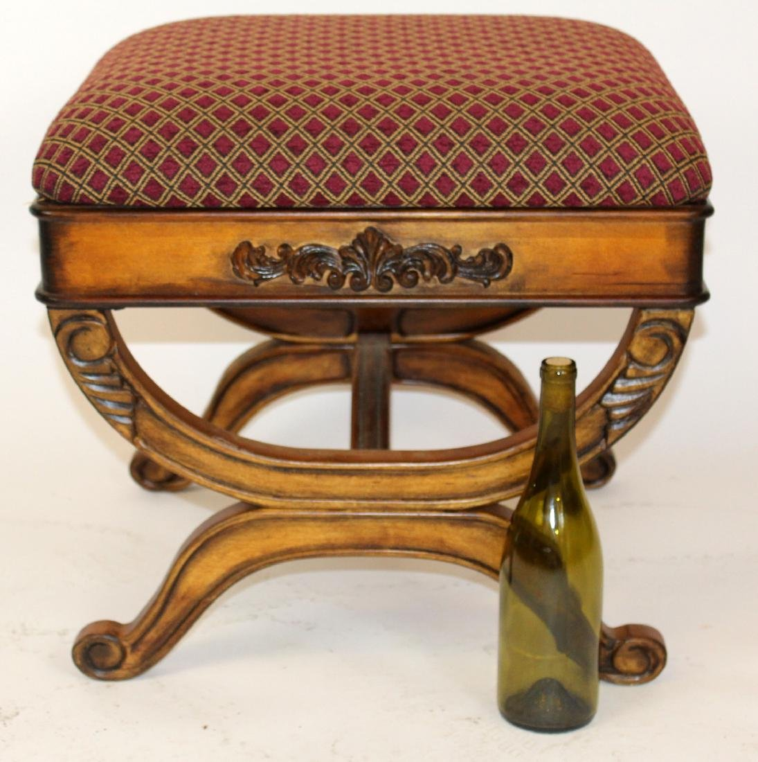 Upholstered ottoman with shaped legs - 4