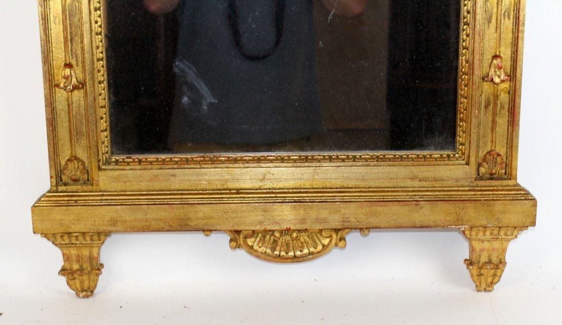 Gilt mirror with double lovebird crest - 3