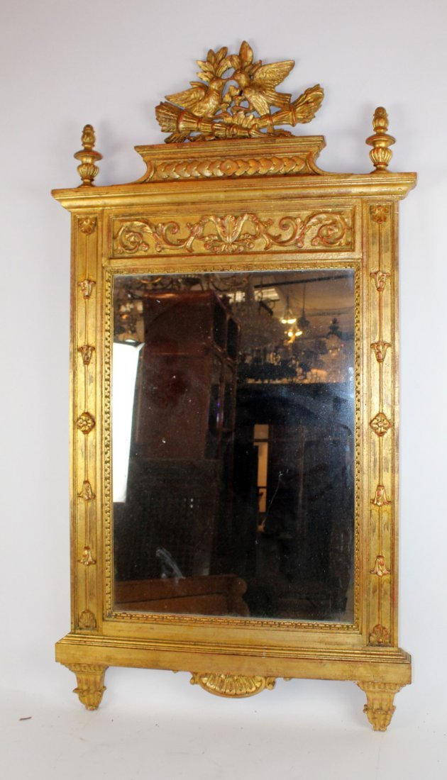 Gilt mirror with double lovebird crest - 4
