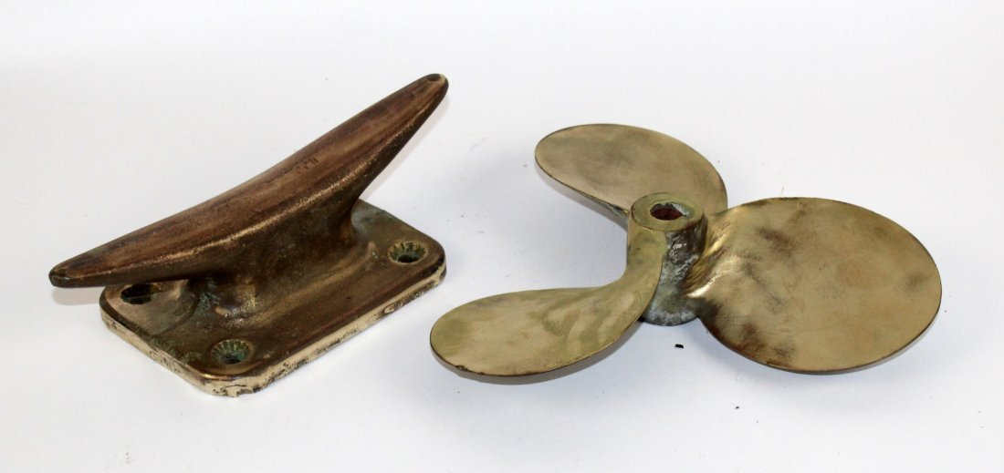 Bronze propeller and cleat