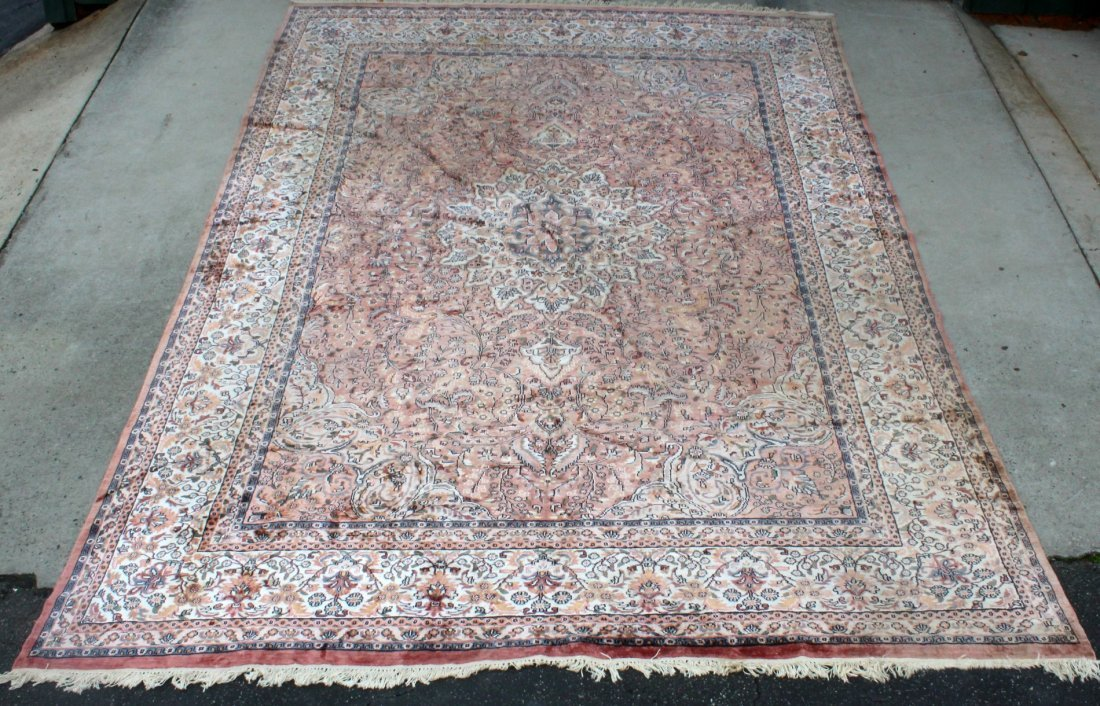 9 x 13 Silk and wool carpet