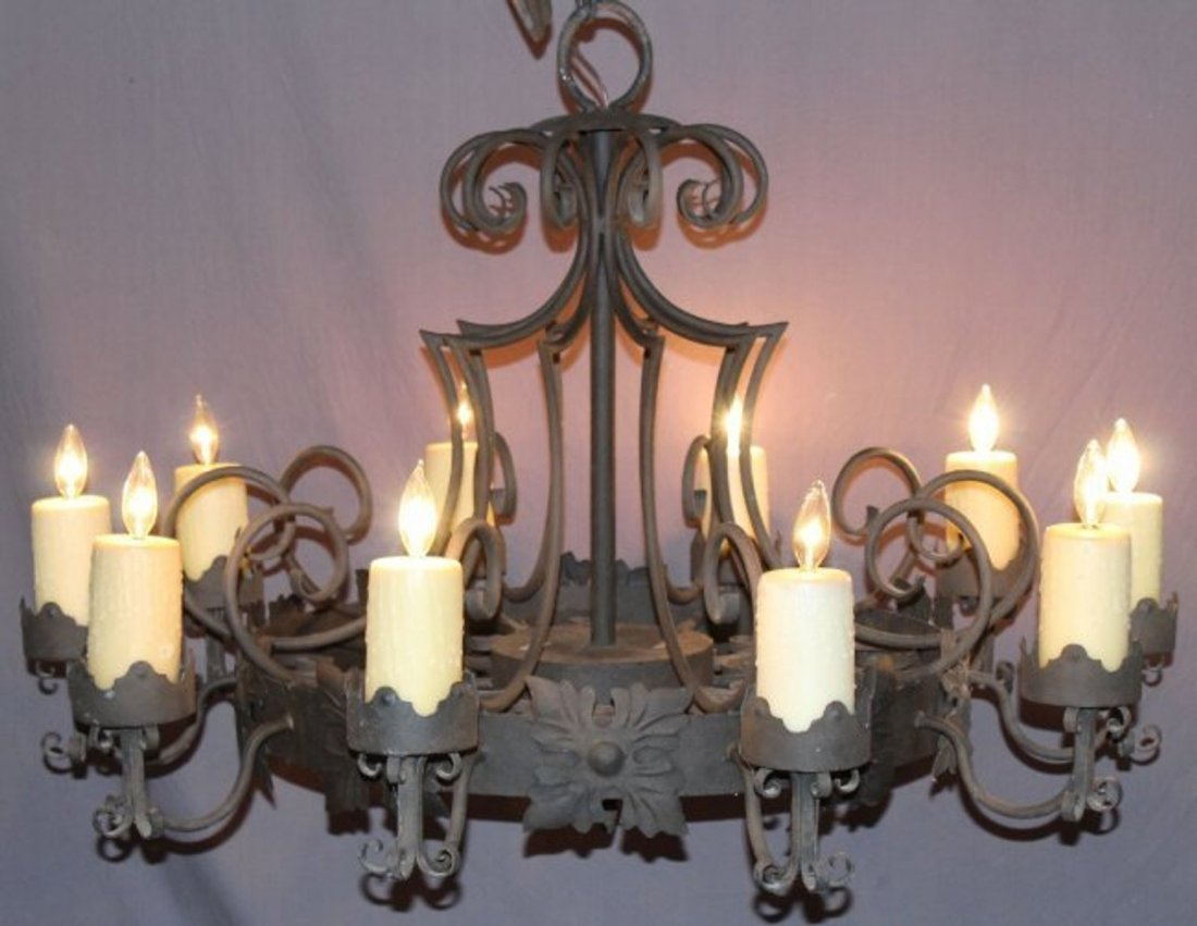 10 arm Gothic style iron chandelier