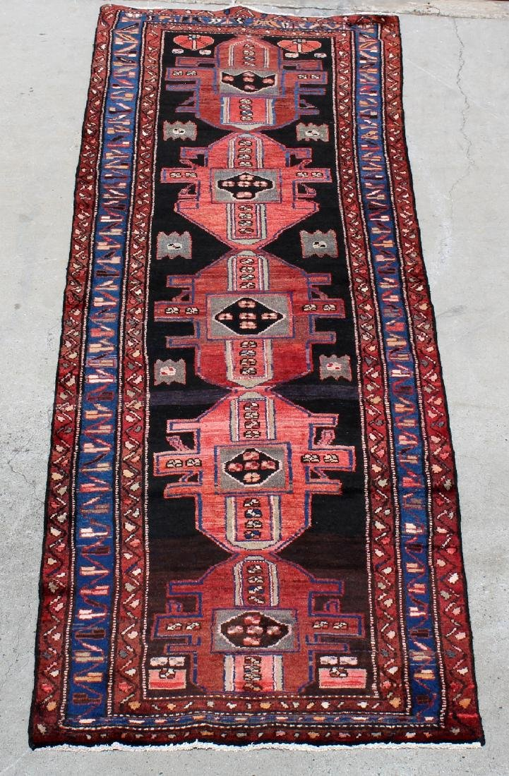 "3'4"" x 10'8"" Persian wool Hamedan carpet"