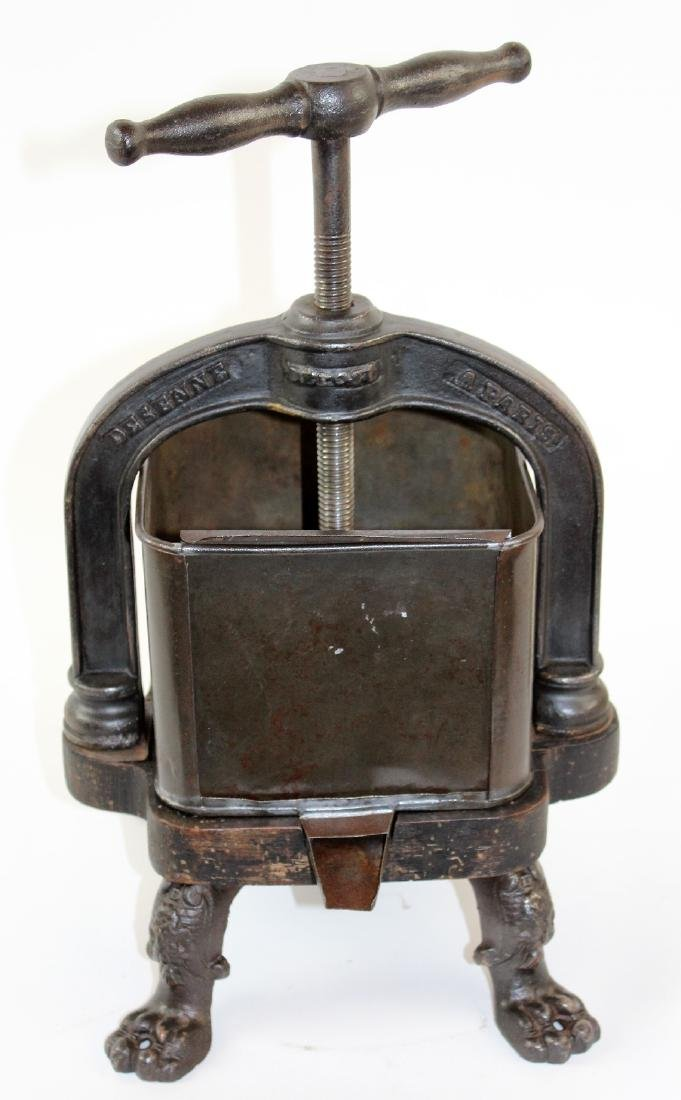 French cast iron duck press