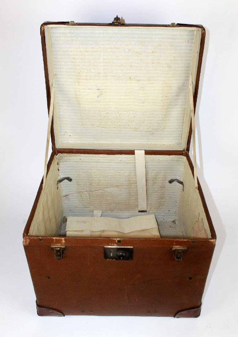 John Pound & Co Antique English canvas hat trunk - 3