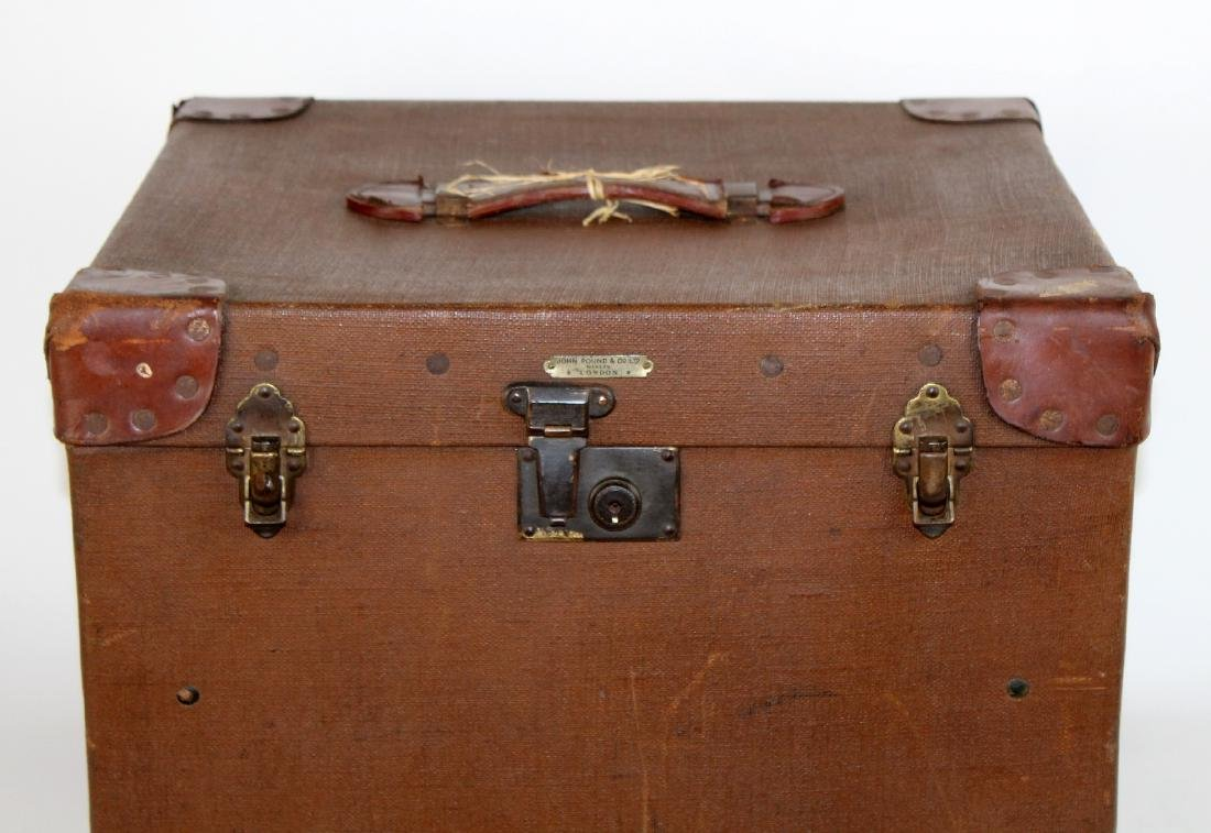 John Pound & Co Antique English canvas hat trunk - 7