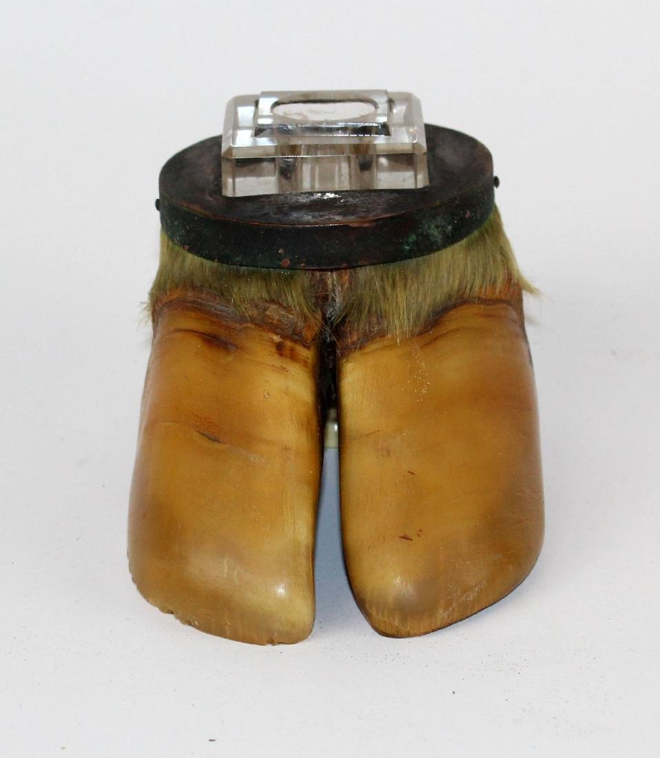 Inkwell made from cow hoof