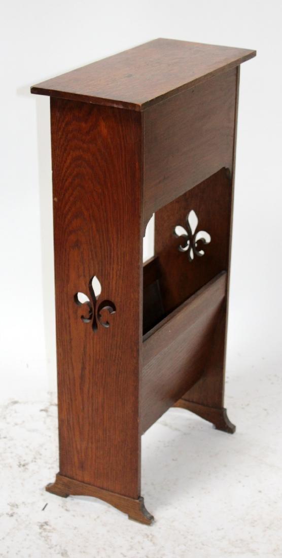 French oak magazine rack with fleur de lys - 2