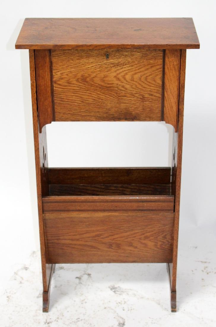 French oak magazine rack with fleur de lys - 3