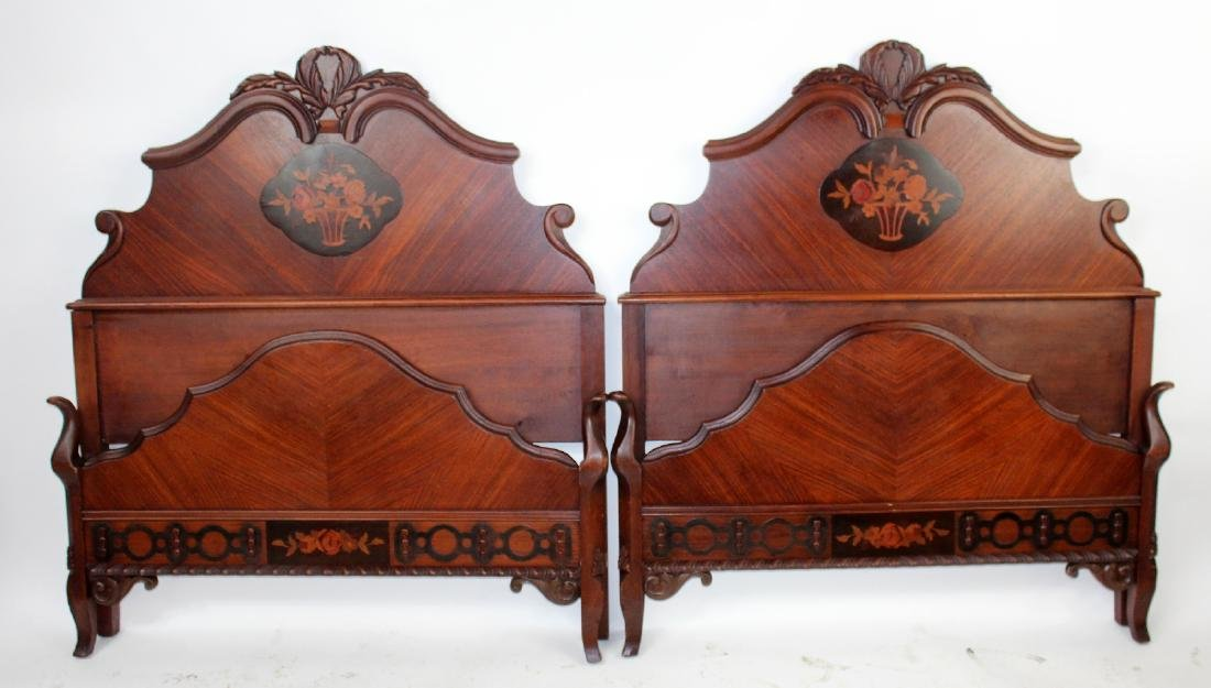 Pair of American mahogany twin beds