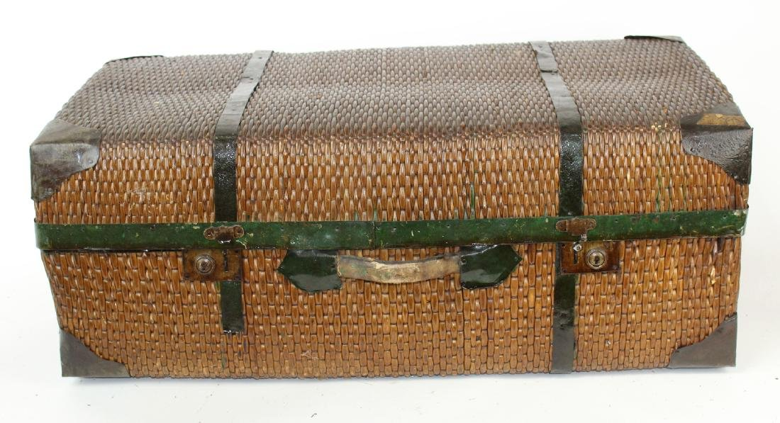 Vintage rattan suitcase with leather handle