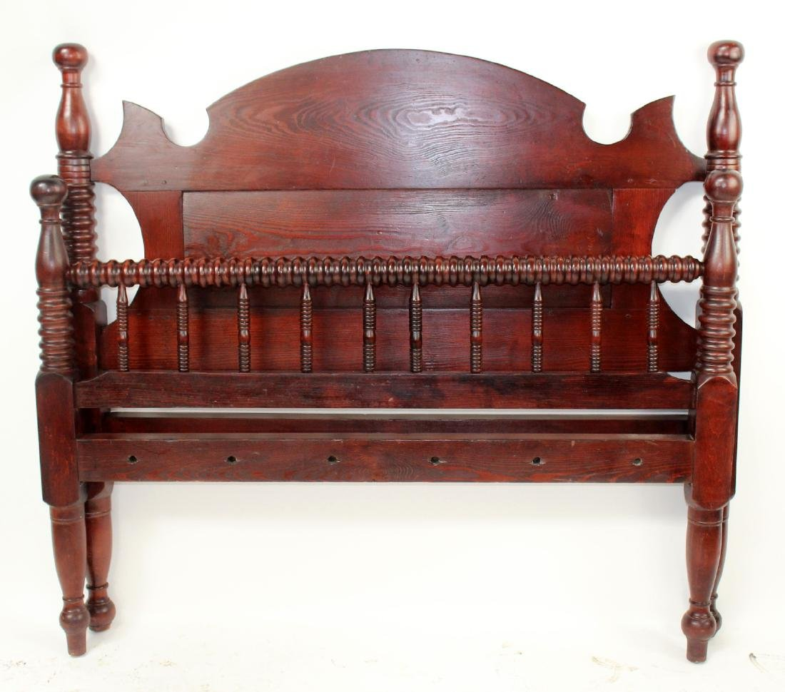Full size primitive spindle bed in mahogany