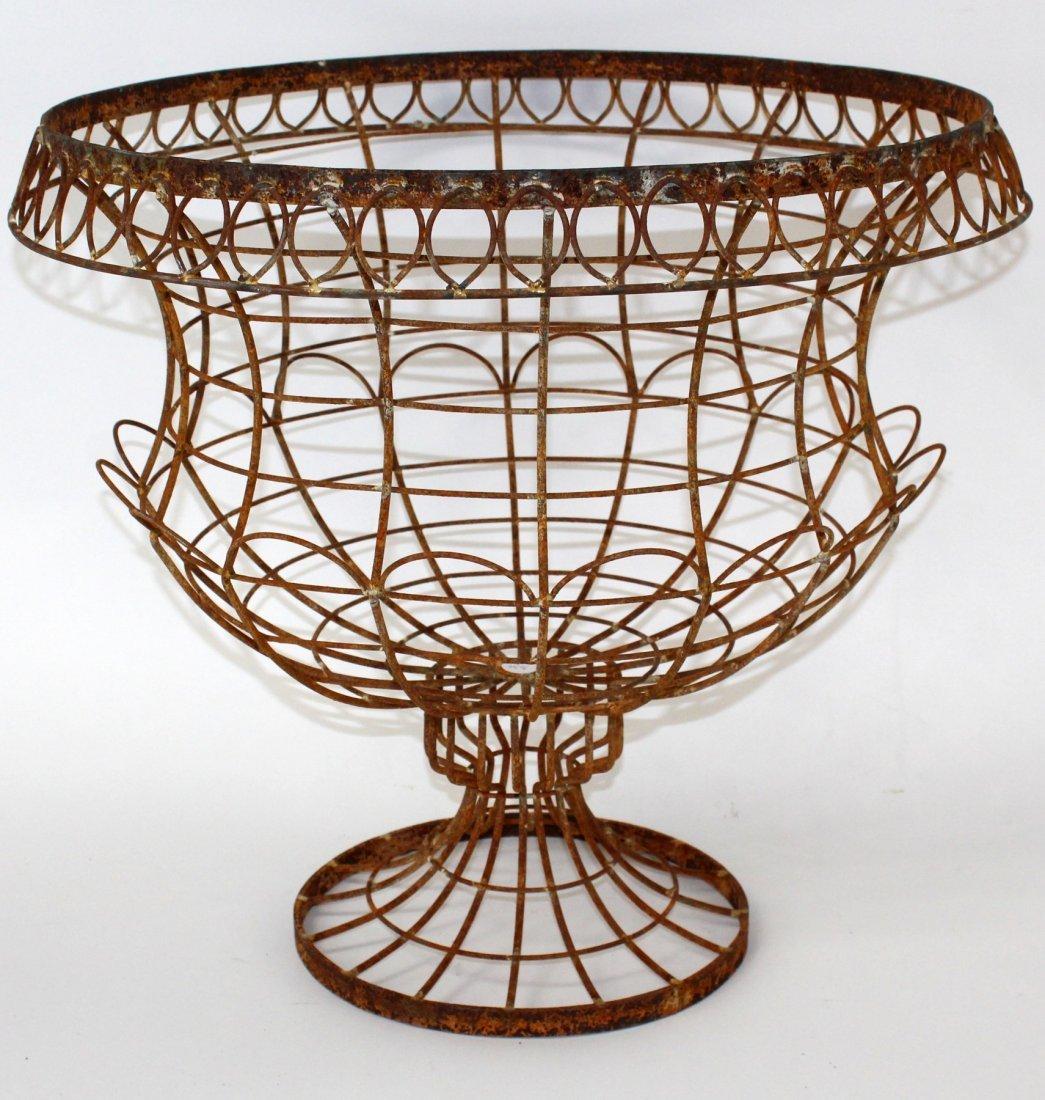 Rustic wire urn form planter basket