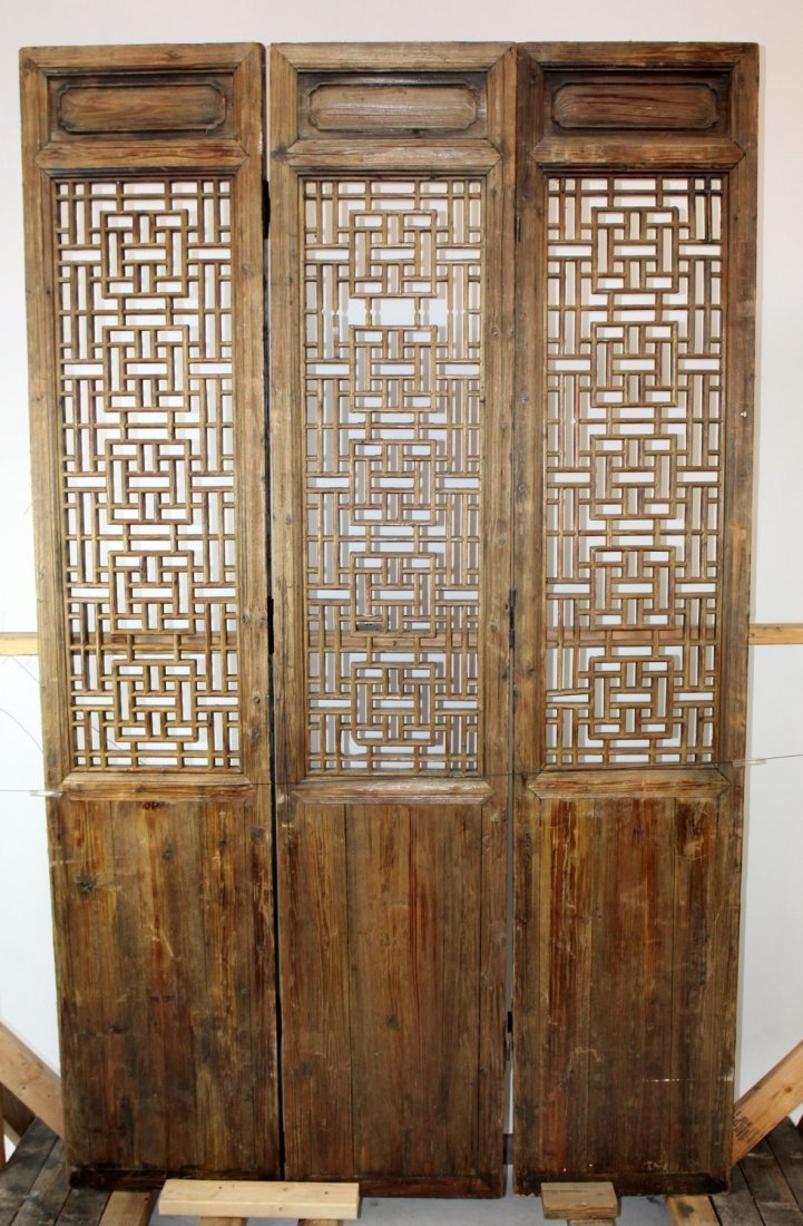 3 panel pierce carved Chinese screen