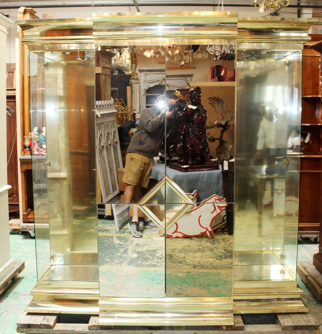 Vintage Mirrored display cabinet with side cabinets