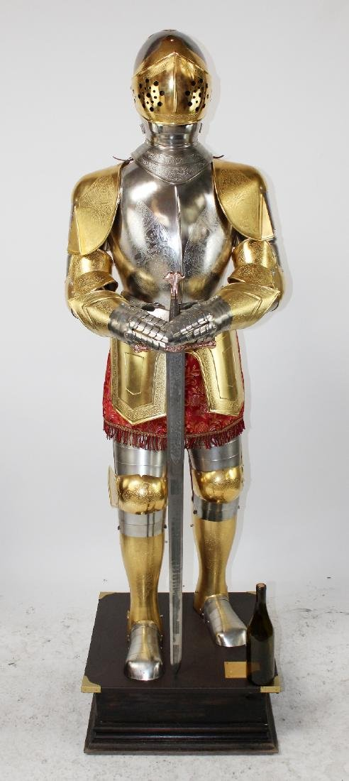 Spanish made suit of armor by Marto - 2
