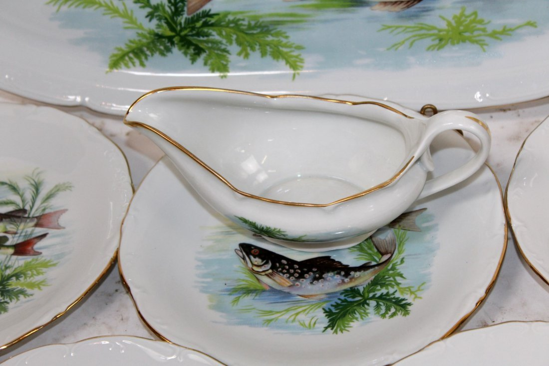 Set of French porcelain fish plates - 4