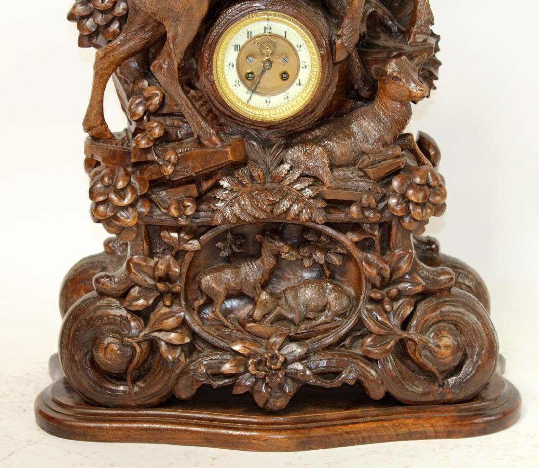 French carved Black Forest mantel clock - 4