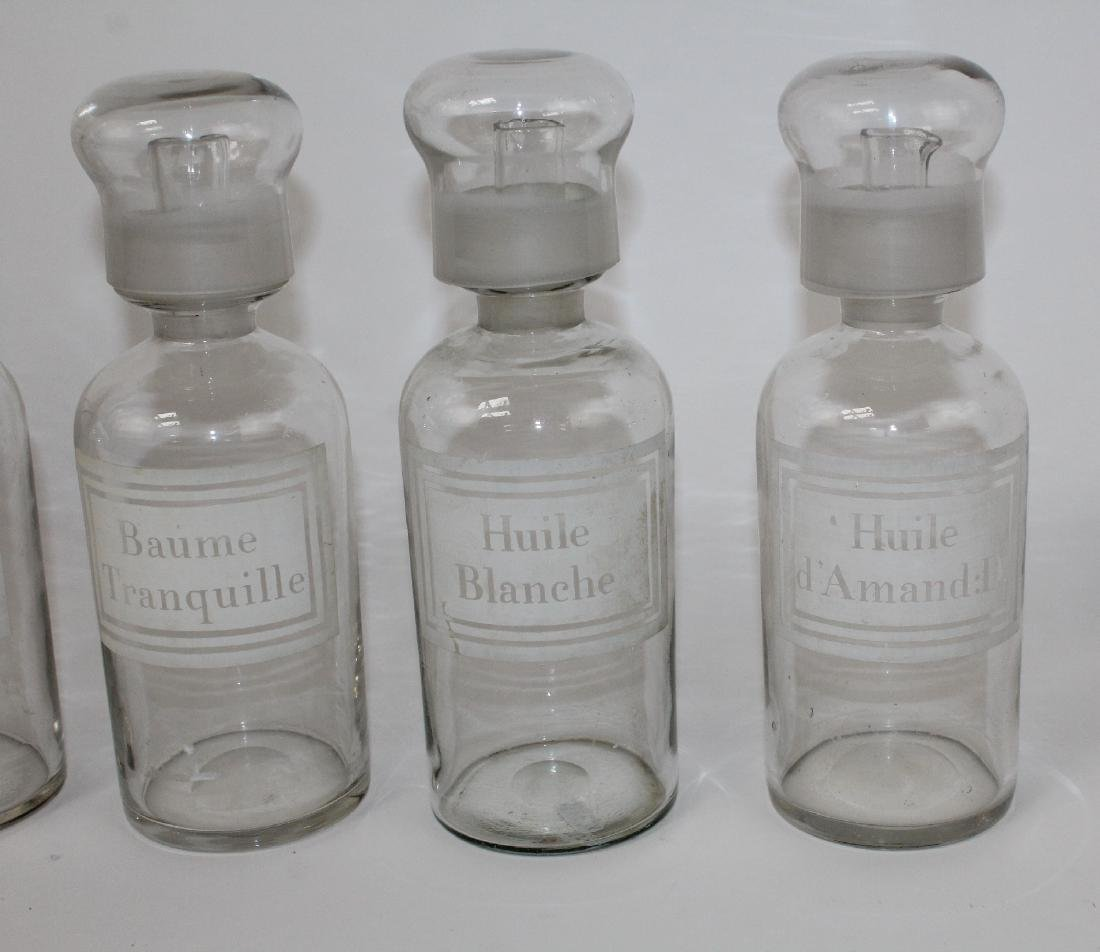 Set of 4 French apothecary jars - 4
