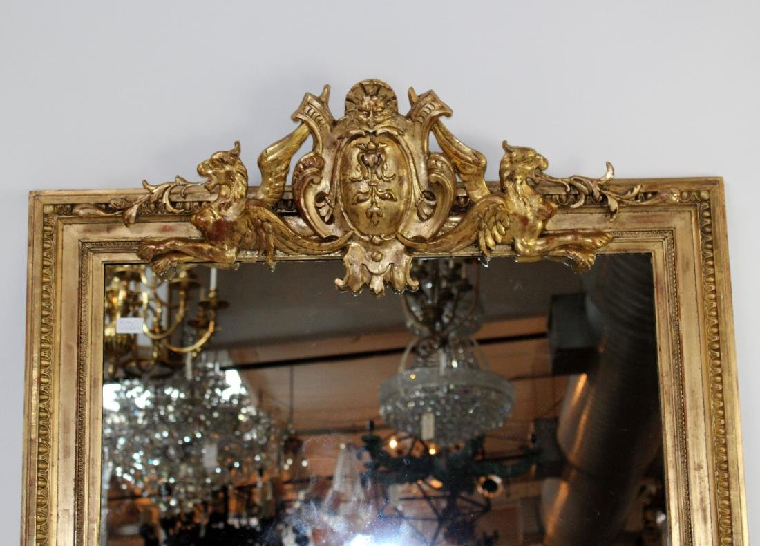French gilt mirror with gryphons - 3