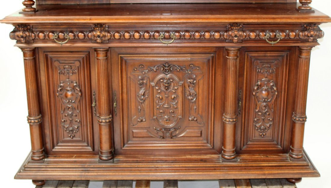 French carved walnut buffet with lion heads - 4