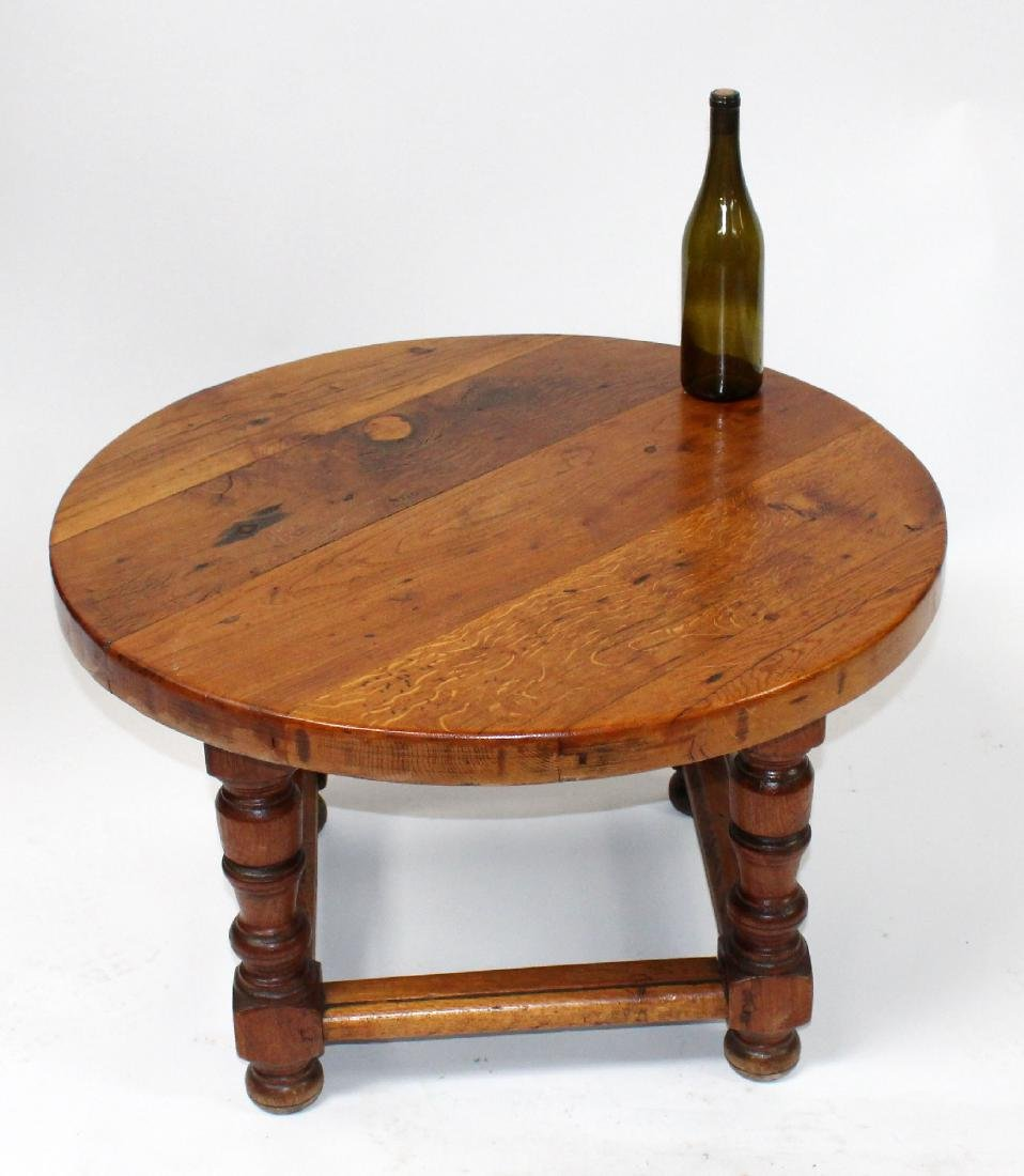 French rustic round coffee table - 2