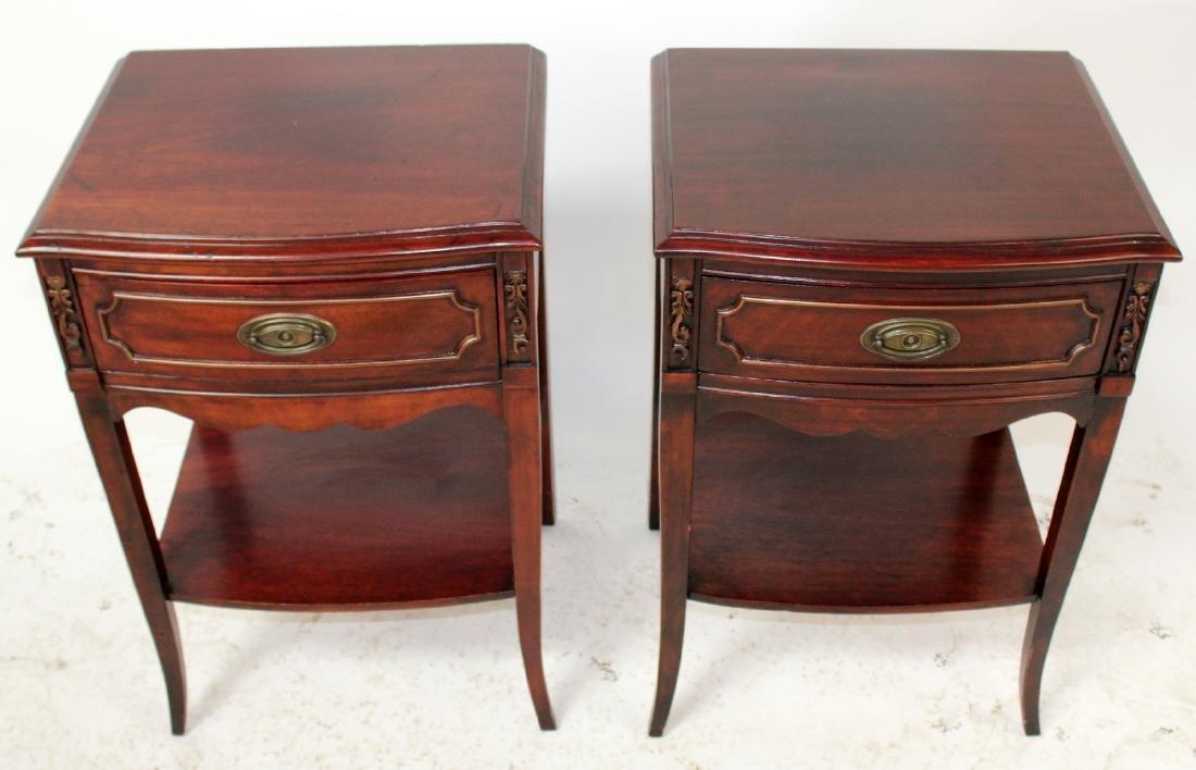 Pair American mahogany end tables - 3