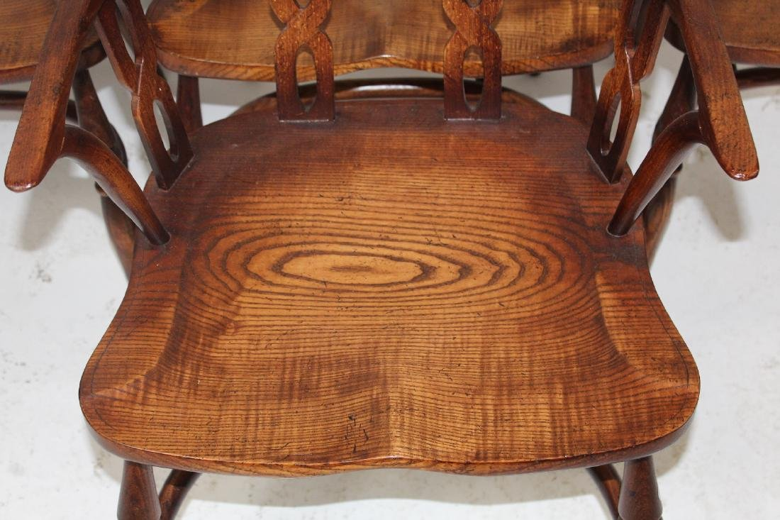Set of 4 English Windsor armchairs by Fauld - 5