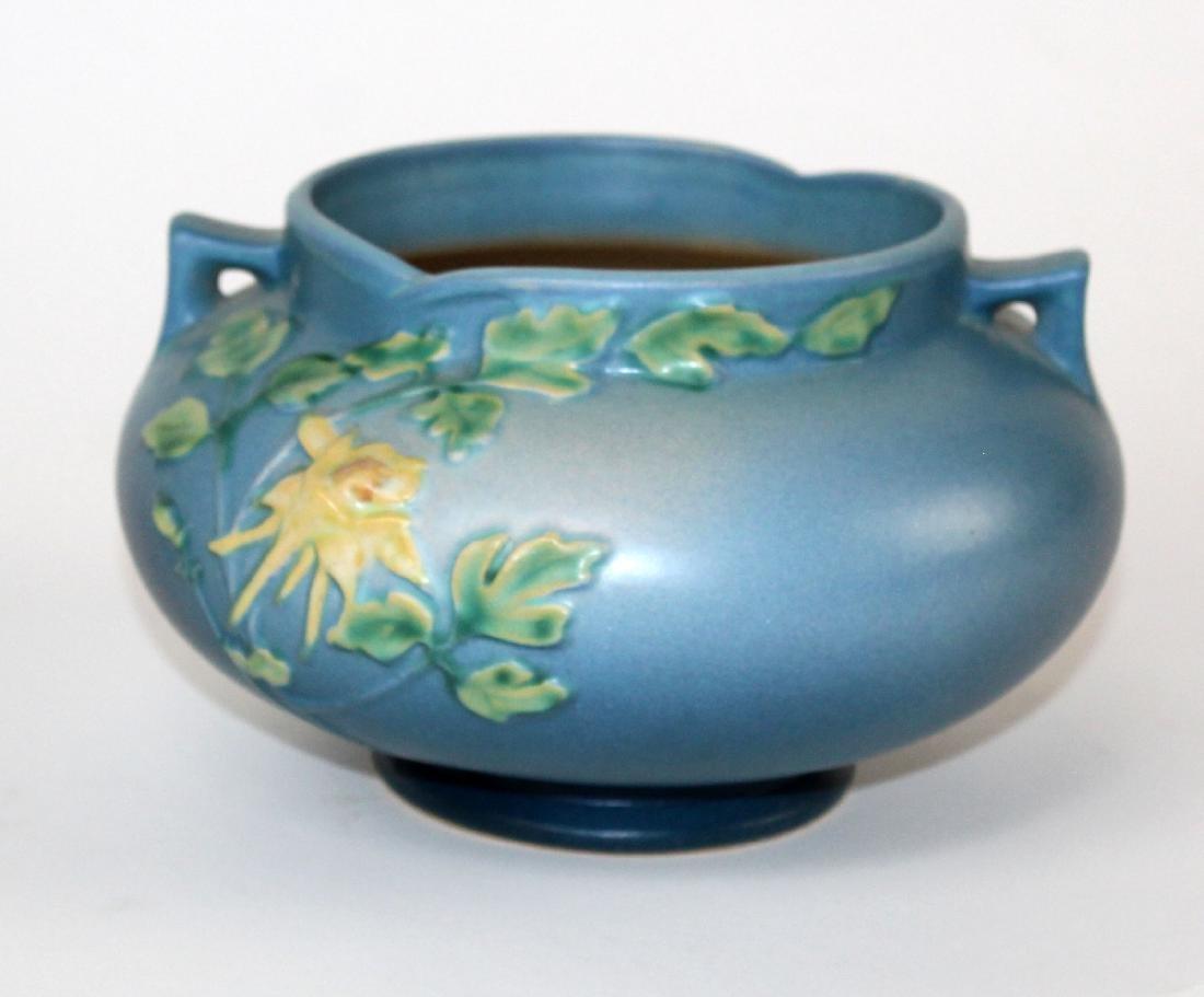 Roseville pottery vase Blue Columbine jardiniere