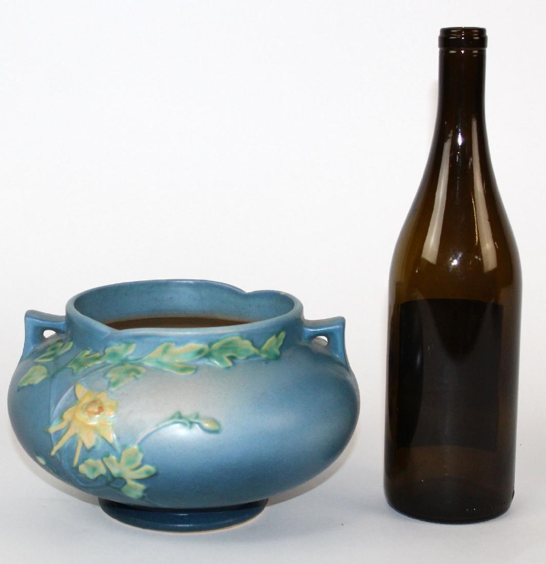 Roseville pottery vase Blue Columbine jardiniere - 3