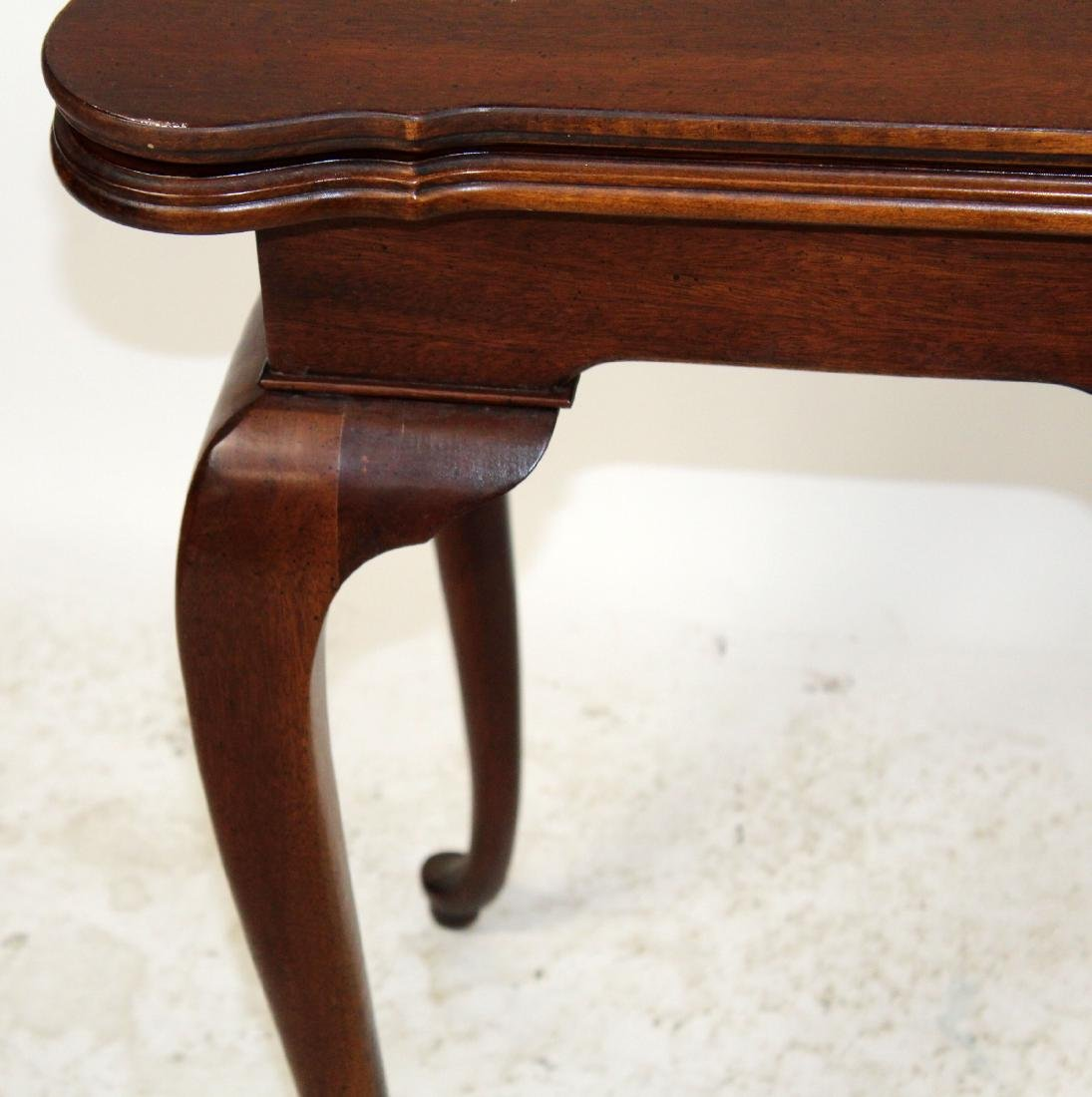 Mahogany console game table with shell carving - 4
