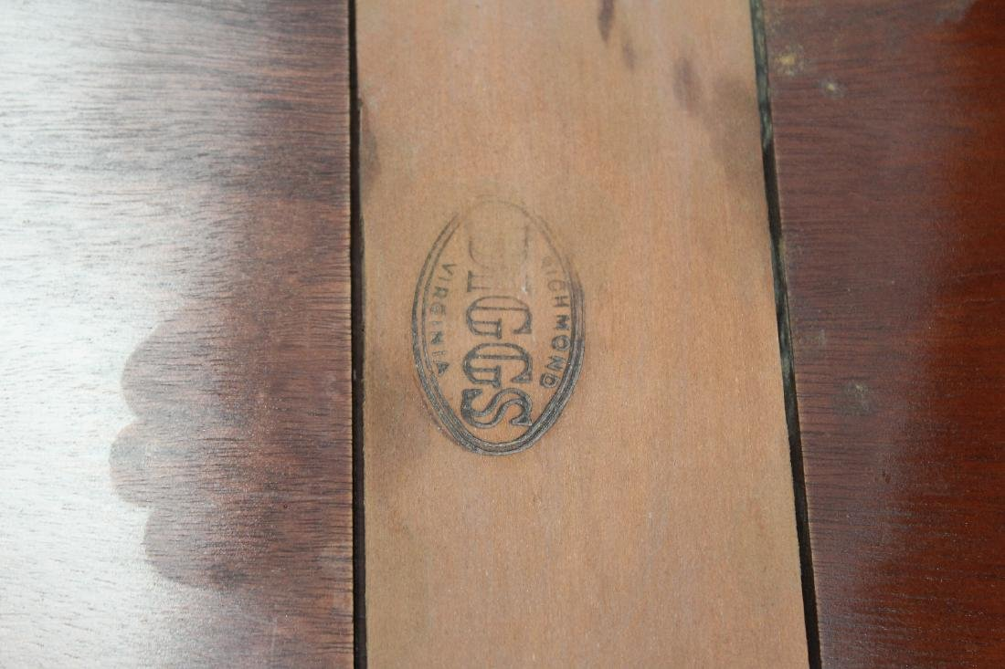 Mahogany console game table with shell carving - 7