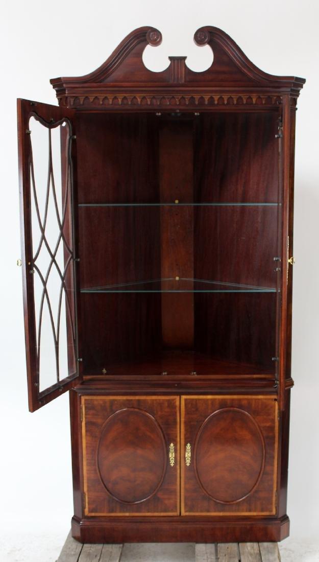 Banded mahogany corner cabinet - 2