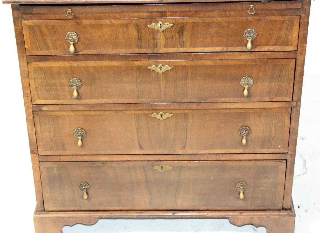 English Georgian style 4 drawer chest - 6