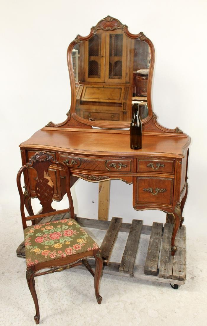 Flint & Horner Louis XV vanity - 2