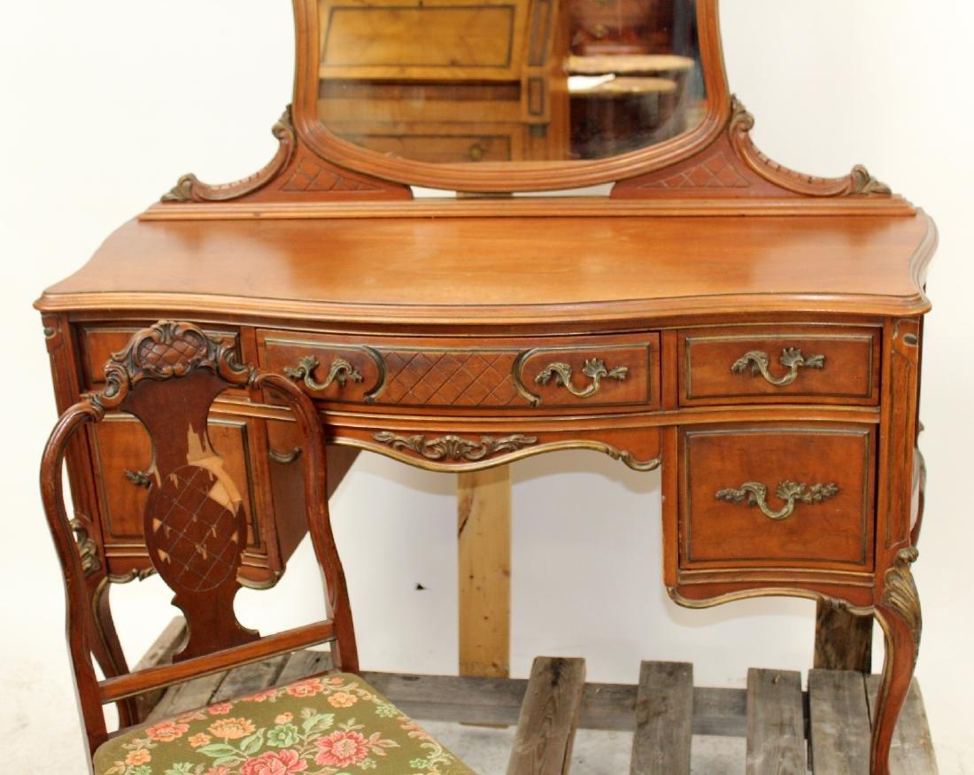 Flint & Horner Louis XV vanity - 4