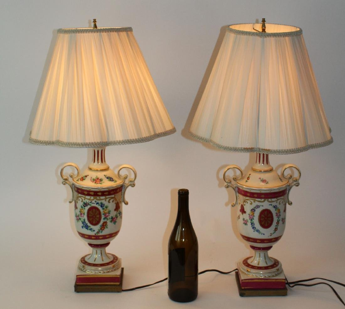 Pair of painted porcelain urn form lamps - 2