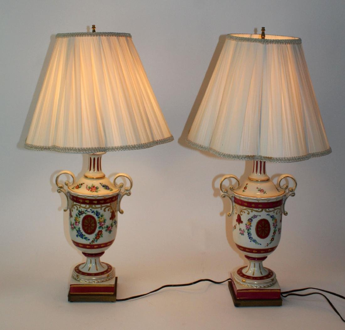 Pair of painted porcelain urn form lamps - 3