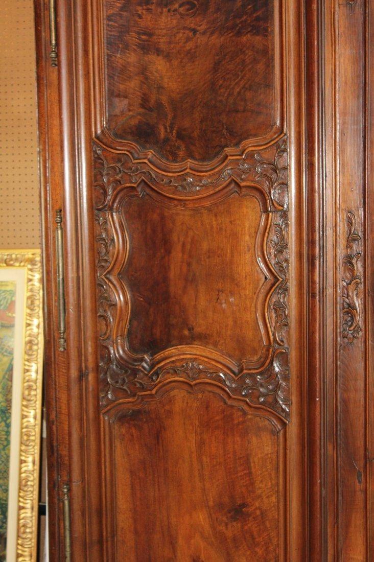 French Lyonnais 18th century armoire - 4