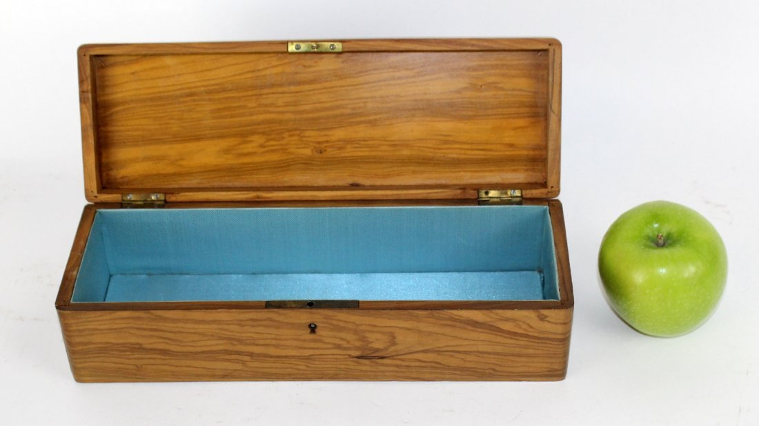 Antique French olivewood glove box - 3