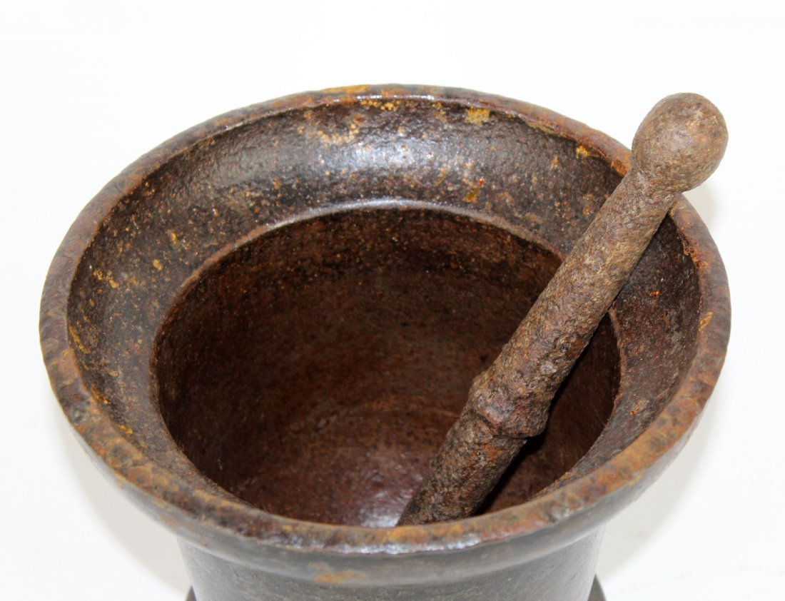 French iron mortar and pestle - 2