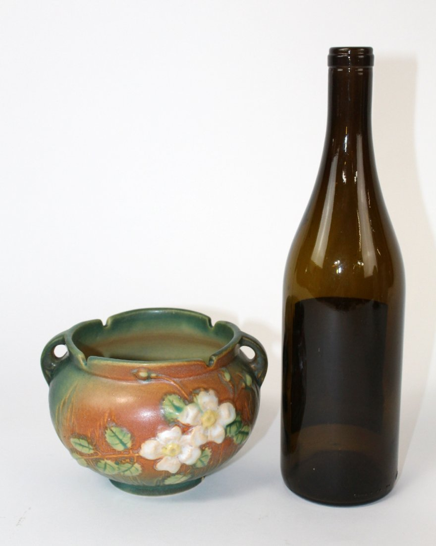 Roseville pottery white rose vase - 4