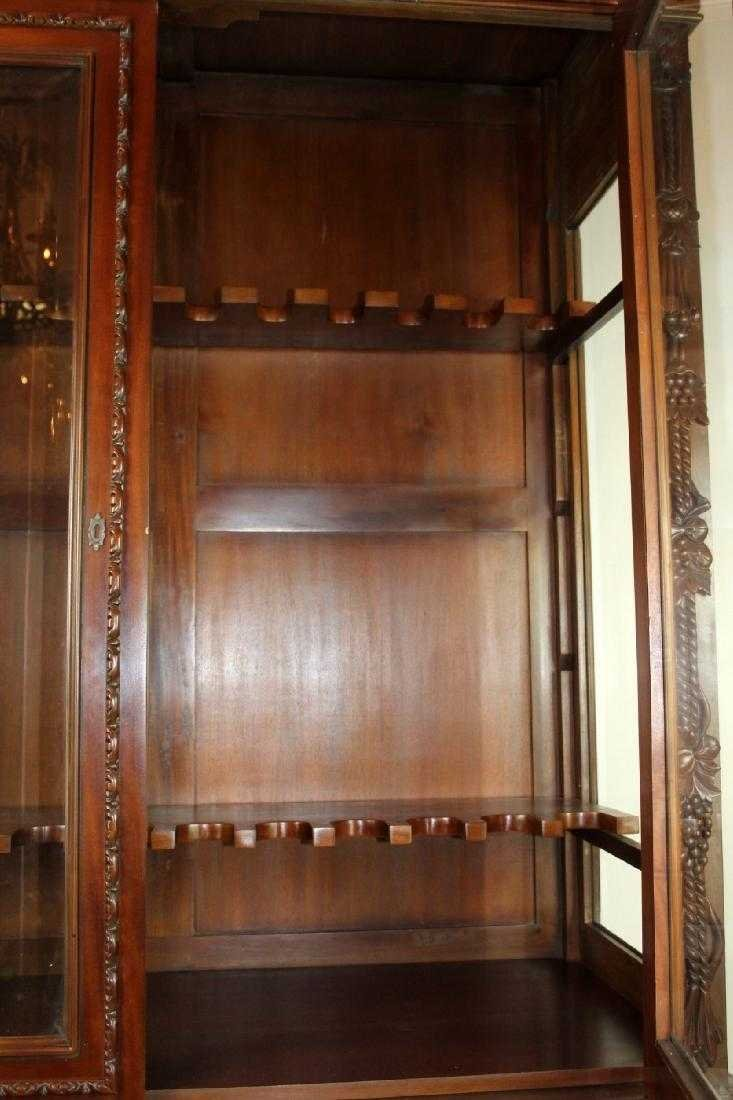 Louis XIII style carved mahogany gun cabinet - 4