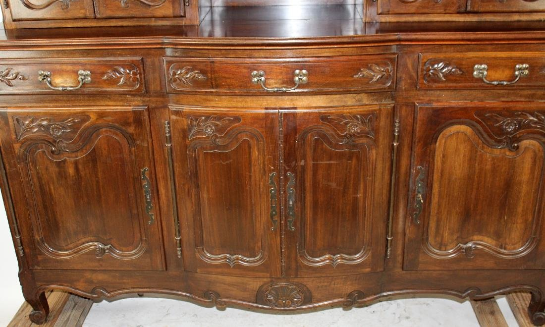 French Provincial buffet in walnut - 6